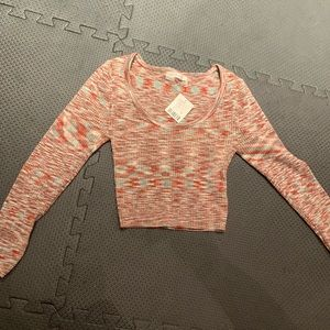 Urban outfitters crop top sweater size medium